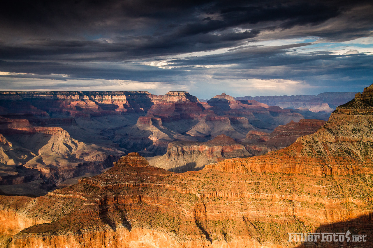 Photograph Sunset at the south rim. by Tom Fuller on 500px
