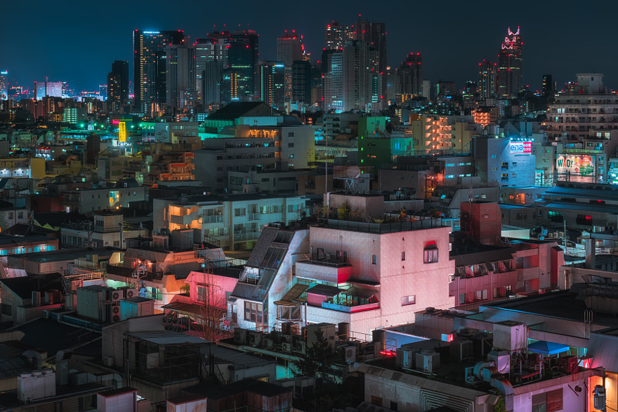 Tokyo Rooftops by Peter Stewart on 500px.com