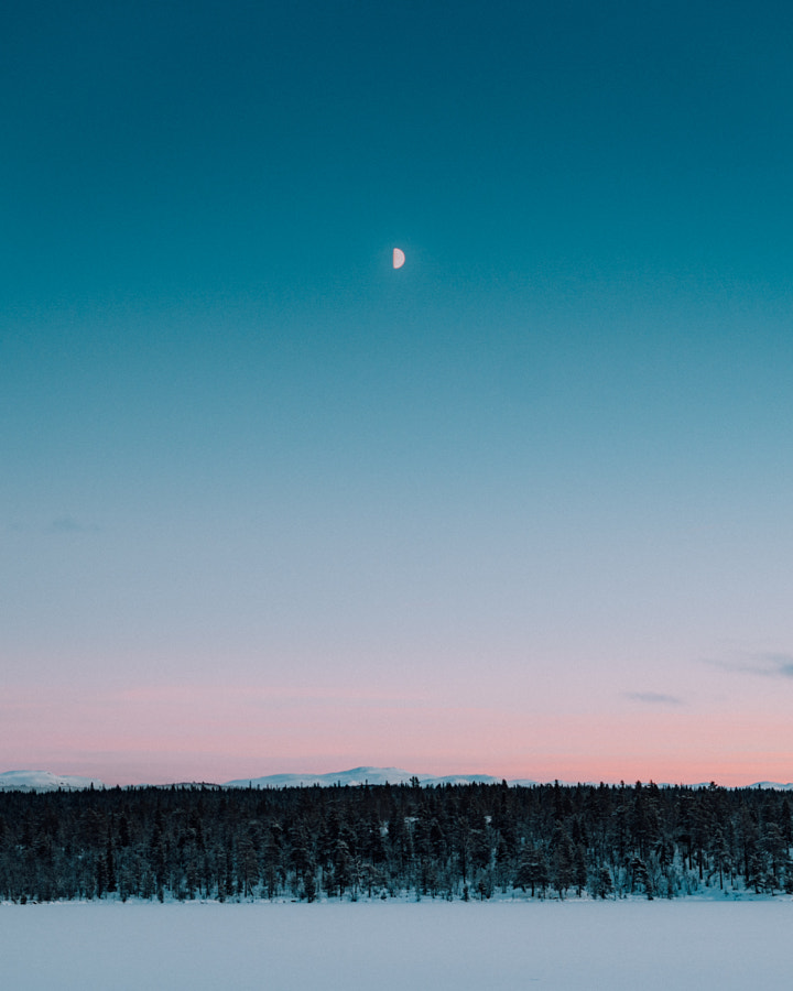 Moon during blue hour by Brynjar Tvedt on 500px.com