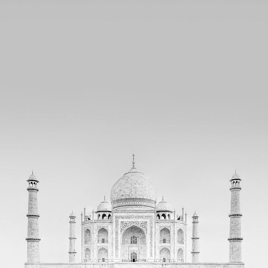 Taj Mahal by Nina Papiorek on 500px.com