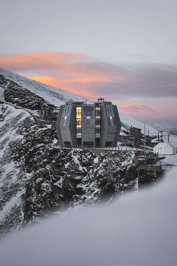 Future Home by Ueli Frischknecht on 500px.com