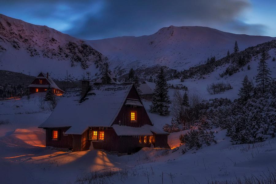 Zimowy wieczór. by grzegorz moroń on 500px.com