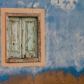 Window by Thomas Forysiak on 500px.com