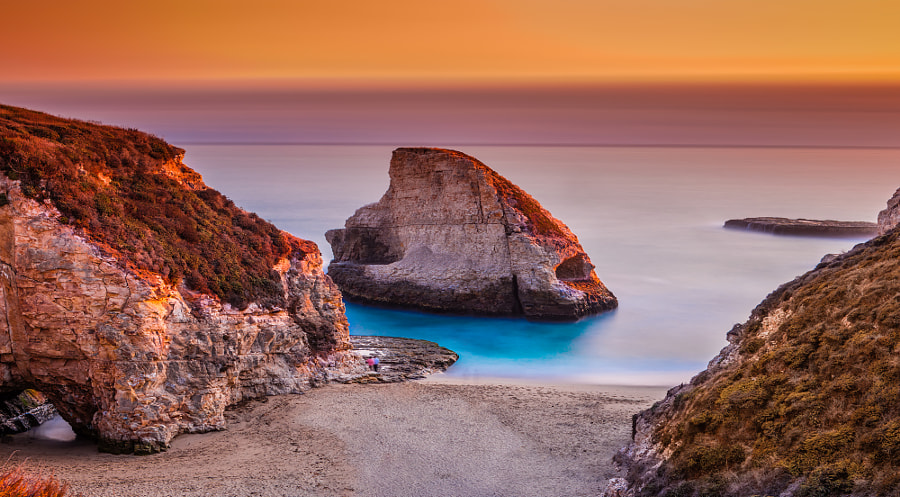 Shark Fin Cove in Sunset, California by John S on 500px.com