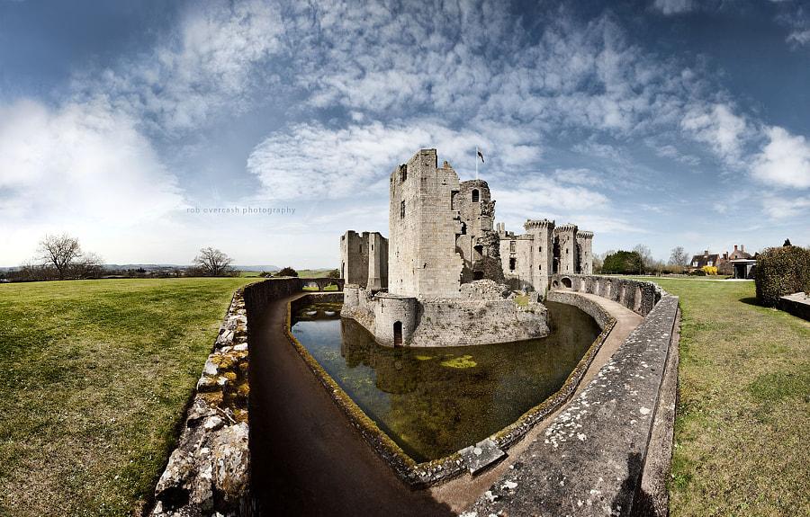 Raglan Castle - 8x3 Pano