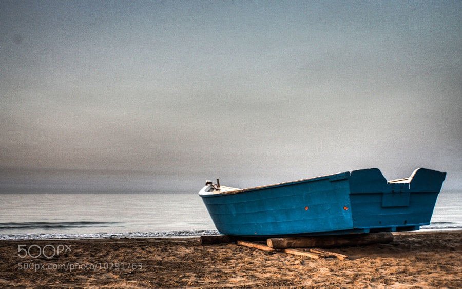 Photograph Lonely boat by Borja Sáez on 500px