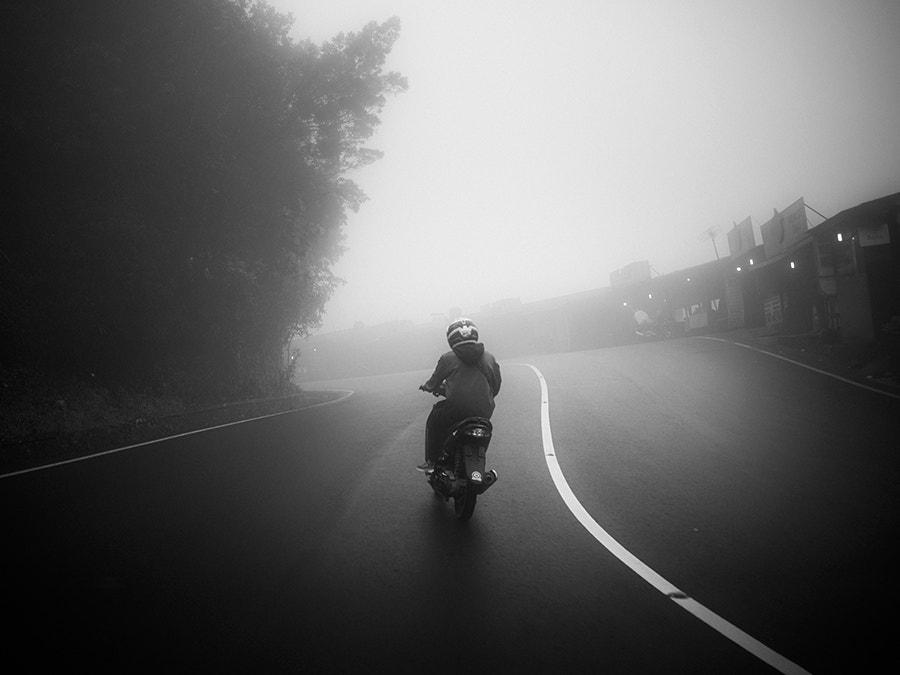 Misty Puncak  by Hengki Koentjoro on 500px.com