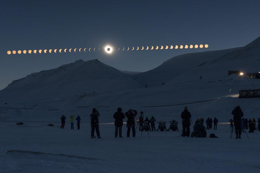 Total Solar Eclipse by Thanakrit Santikunaporn on 500px.com