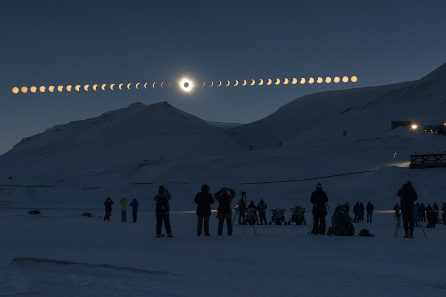 Total Solar Eclipse by Thanakrit Santikunaporn on 500px.com