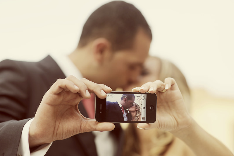 Photograph iPhone Wedding by Manuel Orero on 500px