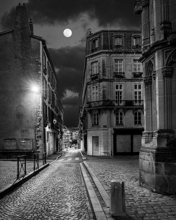 Full moon in the old town by Jose Miguel Sanchez on 500px.com