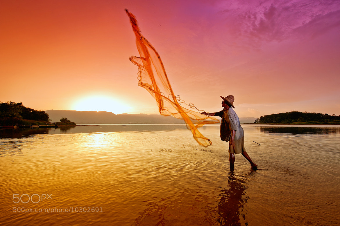 Photograph sunset fisherman #2 by Yaman Ibrahim on 500px