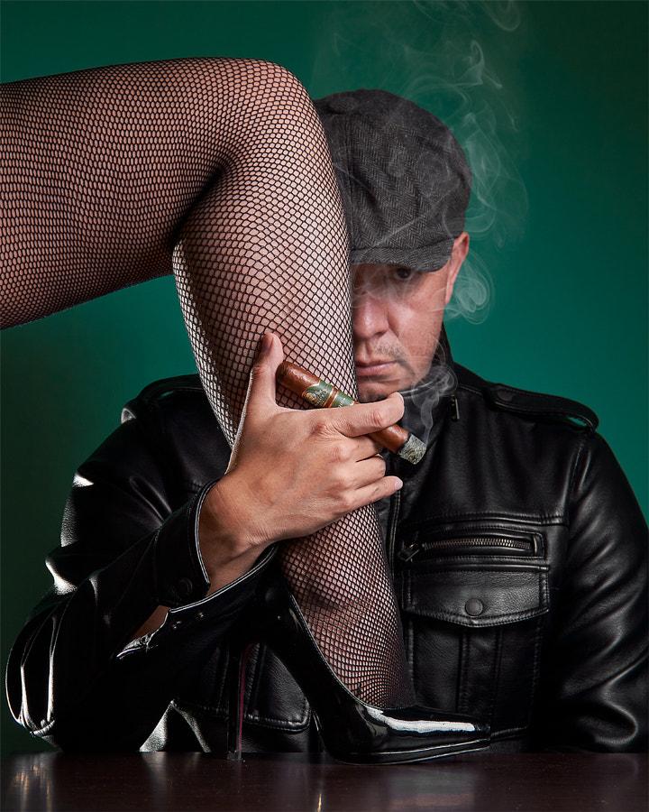 women and cigars by Fabian Pulido Pardo on 500px.com