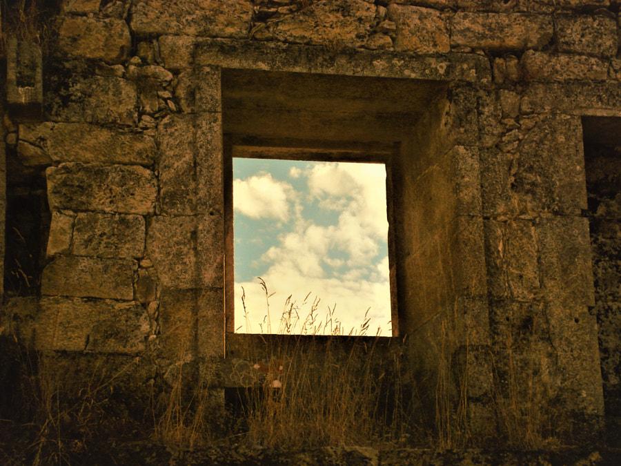 Framed... by Diamantino Ferreira on 500px.com
