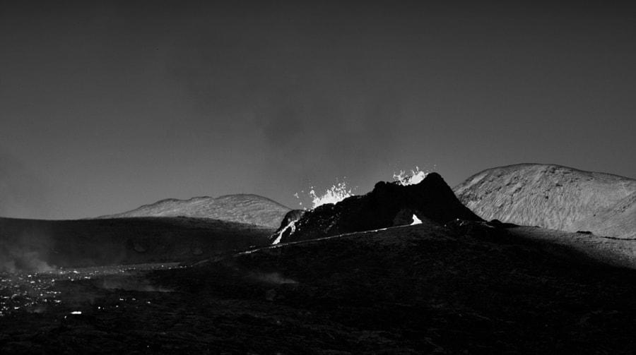 volcano_bw
