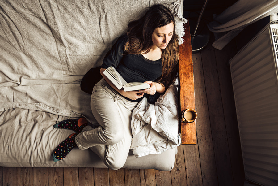 A girl, a book and a coffee ... by Werner Lerooy on 500px.com
