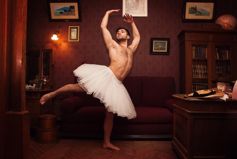 Ballet dancer by Viktor Makhnov (Vysochin) on 500px.com
