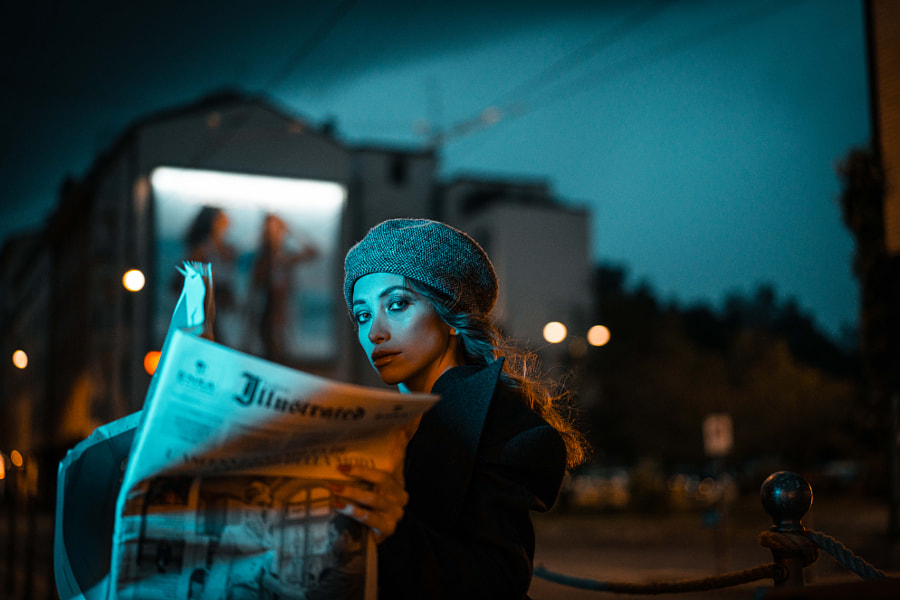 Journal girl.  by Naty  on 500px.com