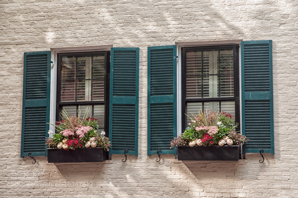 Photograph Simpe Windows by Bob Kelly on 500px