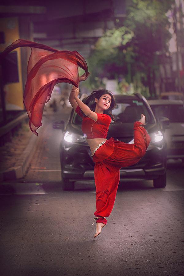 Street Dance, Kolkata, India by Rudra Mandal on 500px.com