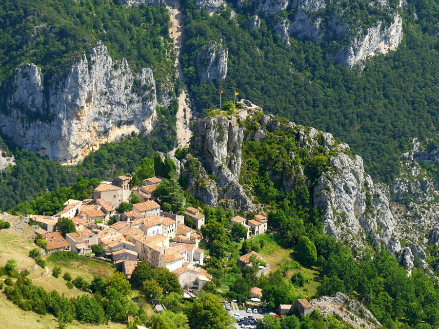Village Provençal by Yves LE LAYO on 500px.com