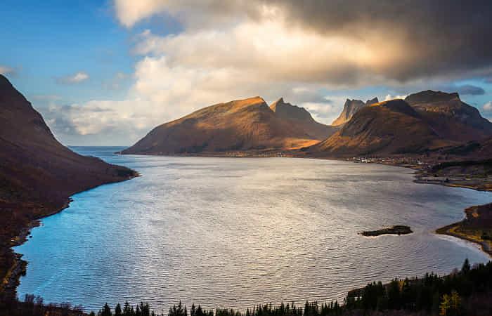 Sea & Mountains by Carsten Meyerdierks