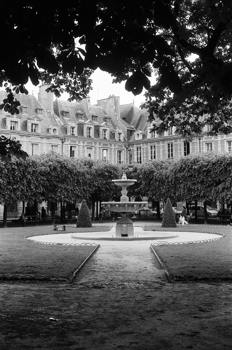 Photograph Place des Vosges by Štefan Grgič on 500px