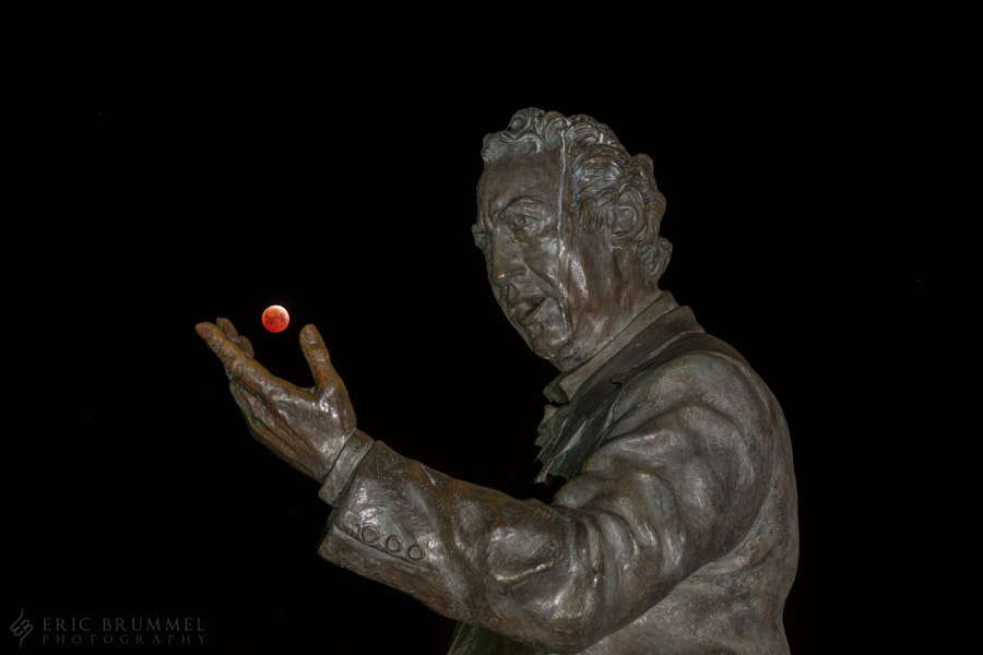 Photograph Amazed by Blood Moon by Eric Brummel on 500px