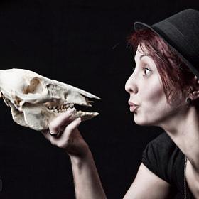 Kiss the skull
