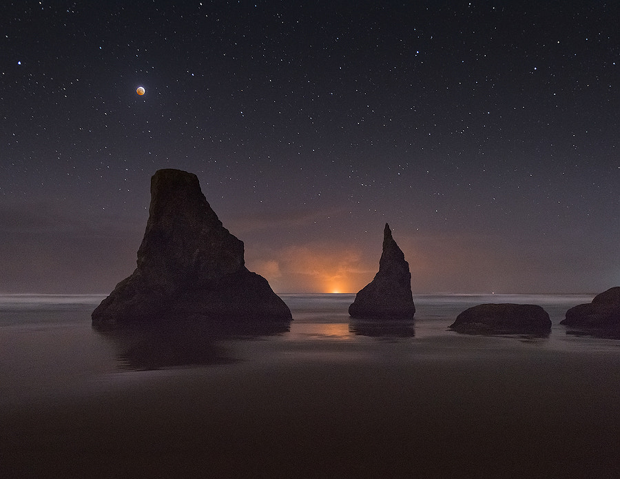 Photograph Bandon Blood Moon by Deb Harder on 500px