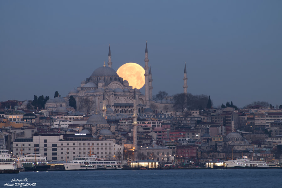Photograph Moonset & Suleymaniye Mosque by Ahmet Kizilhan on 500px