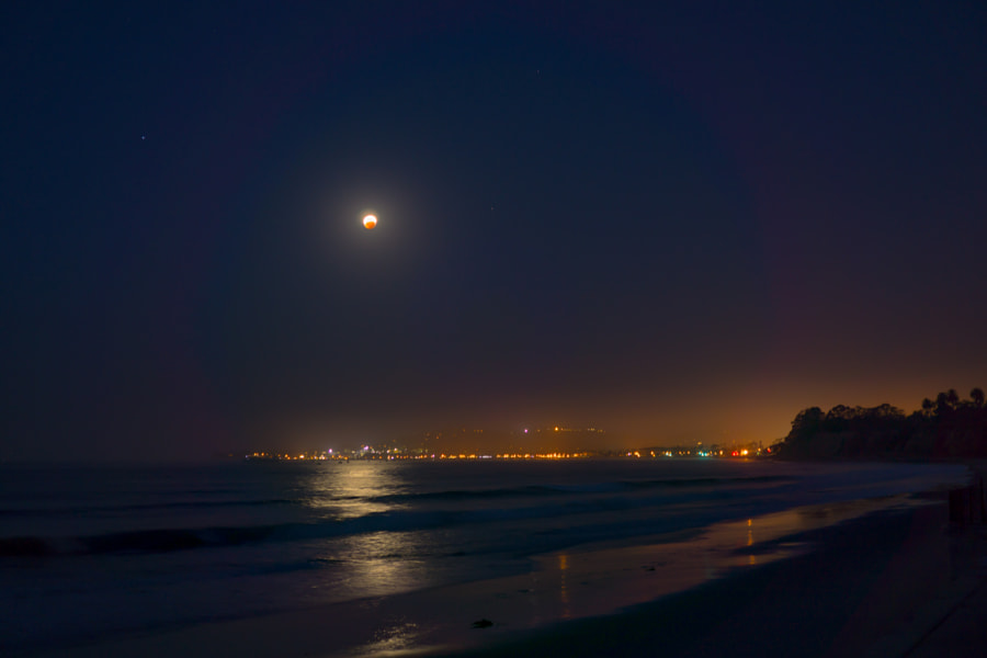 Photograph Moon is fighting back by Thomas Blumer on 500px