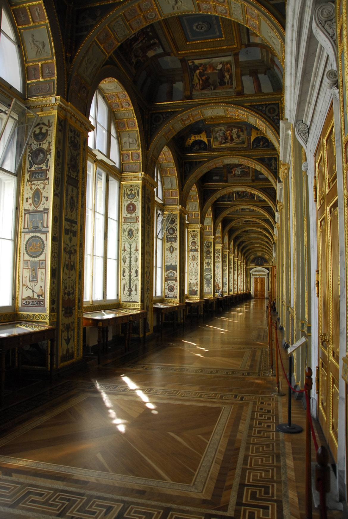 Photograph At the Hermitage by Fernando Rudge Leite Neto on 500px