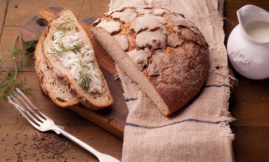 bread with caraway seeds and cheese by Dmitry Matasoff on 500px.com