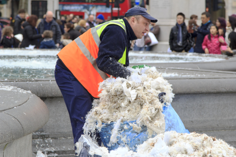 Annual Pillow Fight London 2015
