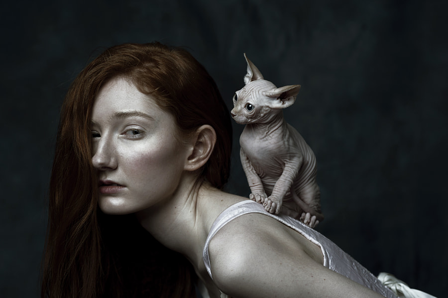Aislinn & Sphynx by Liat Aharoni on 500px.com