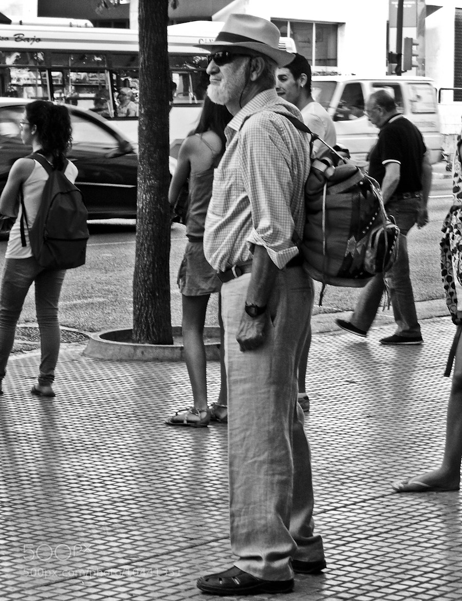 Photograph Abuelo mochilero by eume Martin Otero on 500px