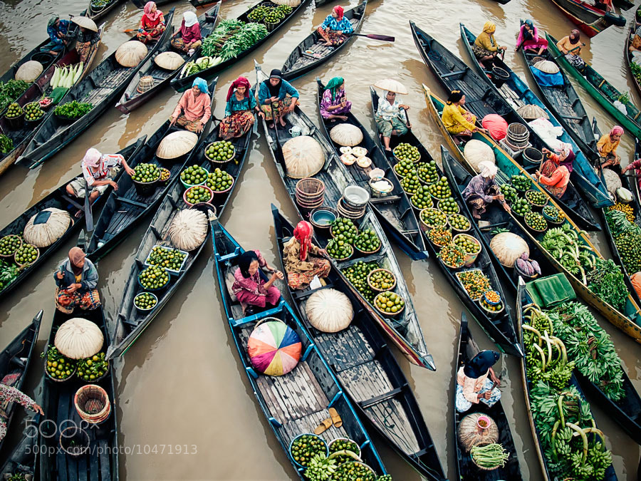 Photograph Activited Lok Baintan, Floating Market by Ferdi Vesa on 500px