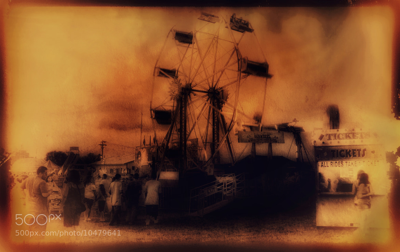 Photograph Ferris Wheel, Watonwan County Fair, St. James, Minnesota, USA by Dave Linscheid on 500px