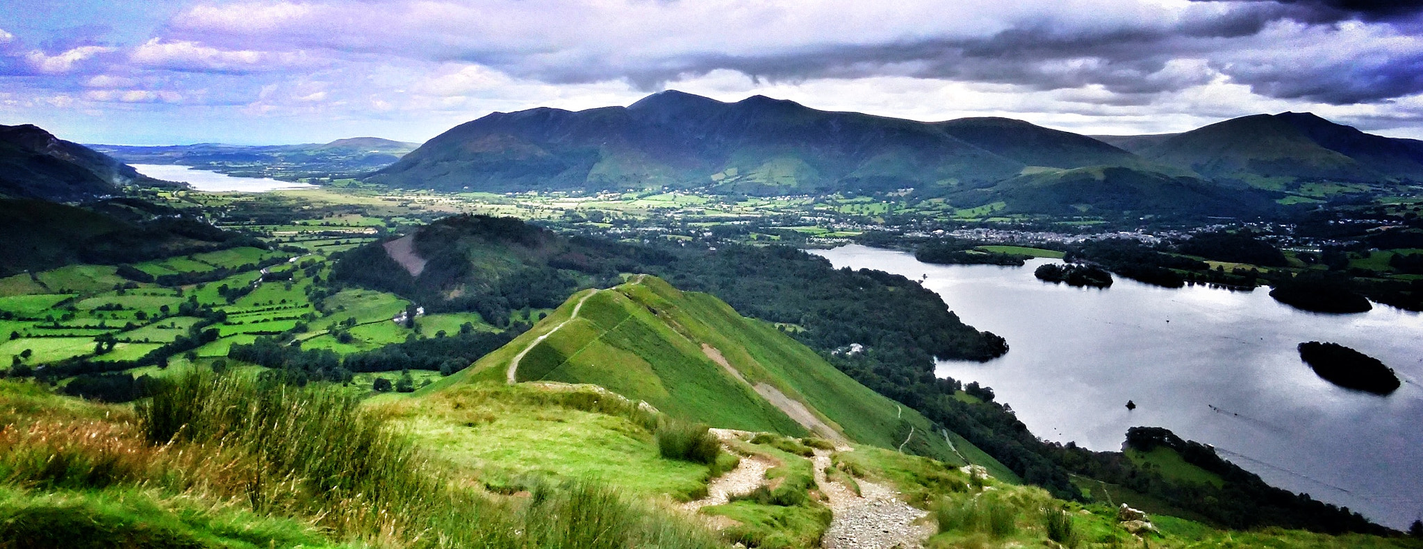 Photograph Catbells and Maiden Moor by Cumbriaphotos by Karen on 500px