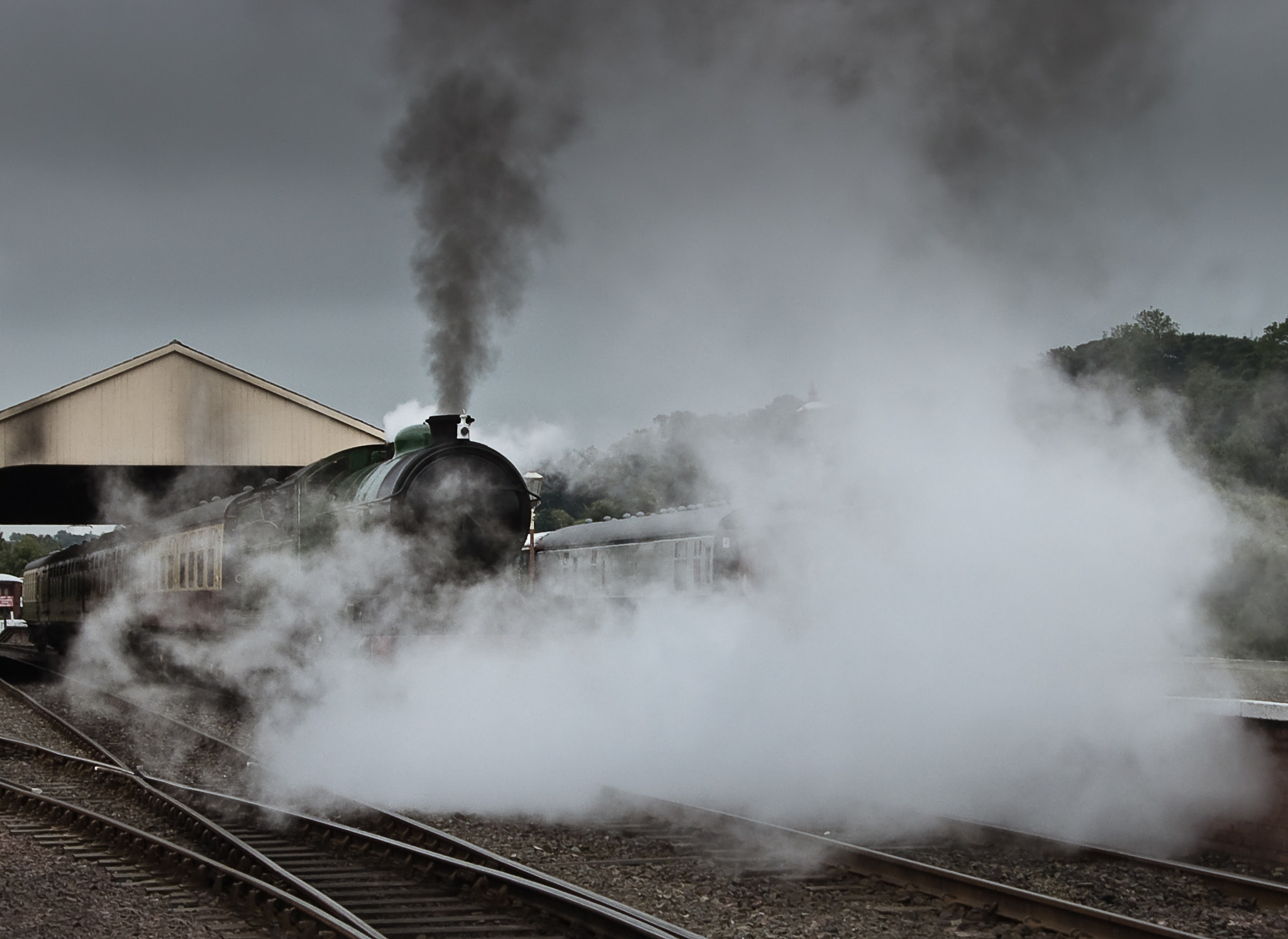 Photograph Leaving the Station by Sean Ellingham on 500px