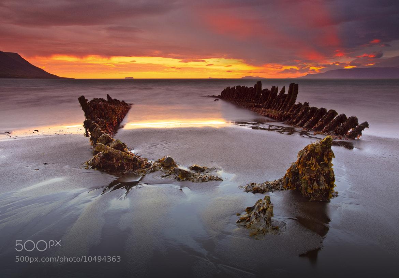 """Photograph The shipwreck """"Ernan""""  by Jon Hilmarsson on 500px"""