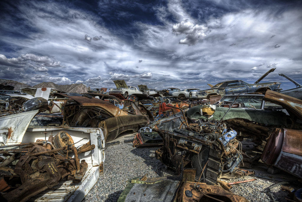 Photograph Deluxe becomes debris by Carl Schultz on 500px