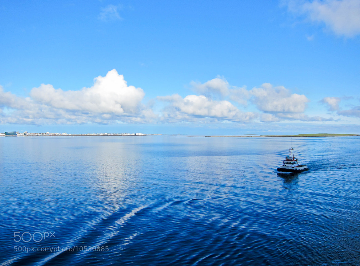 Photograph Boat on blue by Kim Barnes on 500px