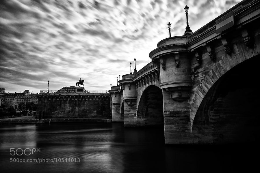 Photograph Pont Neuf by Regards Parisiens on 500px