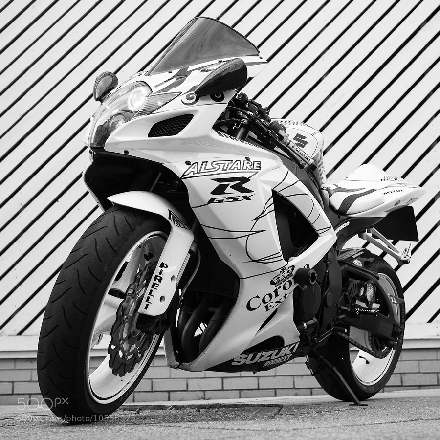 Photograph Suzuki GSXR 600 by Richard Wilson on 500px