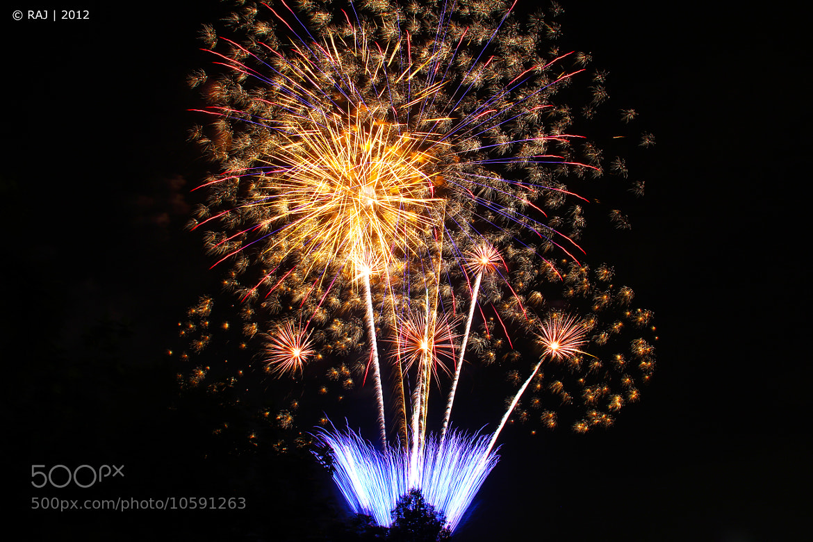Photograph Fireworks by Hemanraj Paneerselvam on 500px