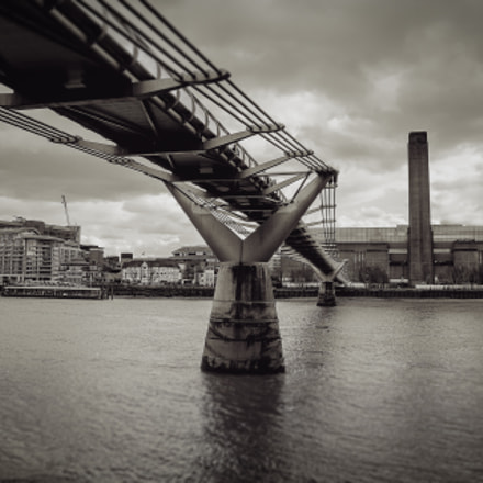 Millennium Bridge and Tate Modern