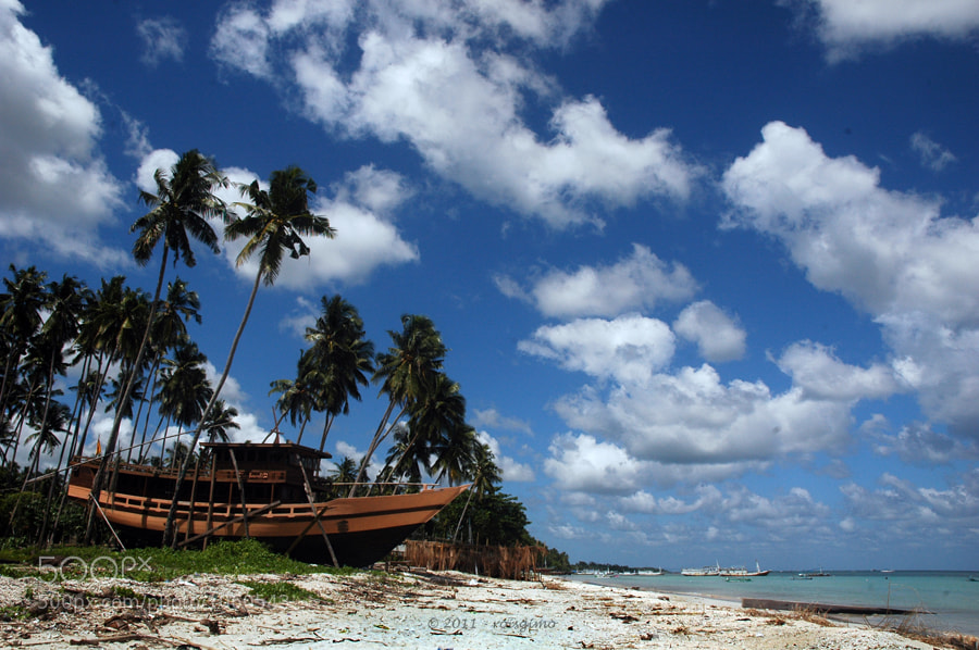 Photograph the phinishi boat by rois effendi on 500px