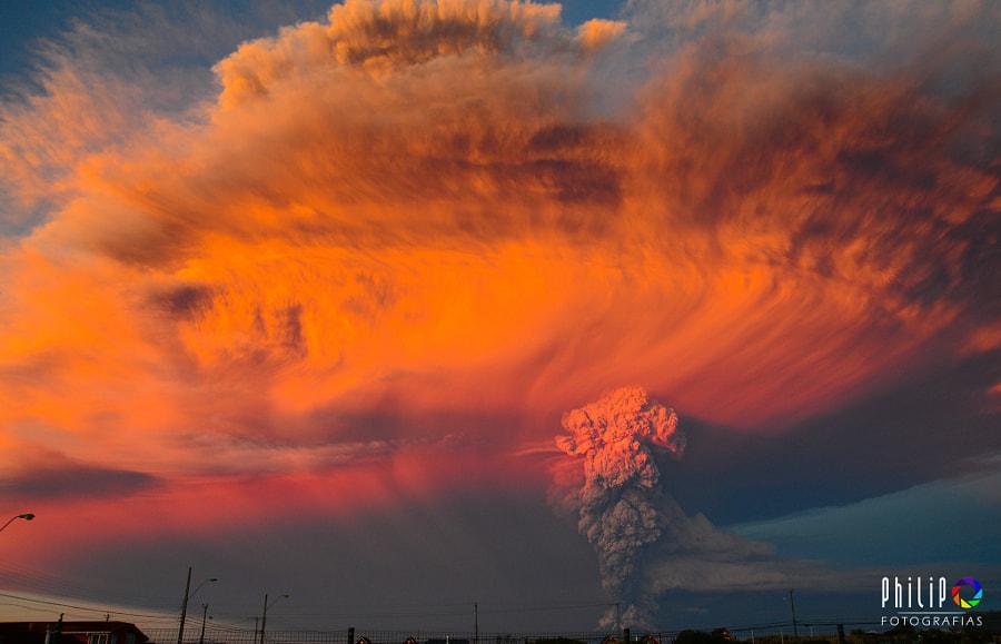 v2?webp=true&sig=8783793f0176503451428244c5a1f868fafabc9cbc14645a62e4a0108bbb8ef1 des images saisissantes des éruptions du volcan Calbuco